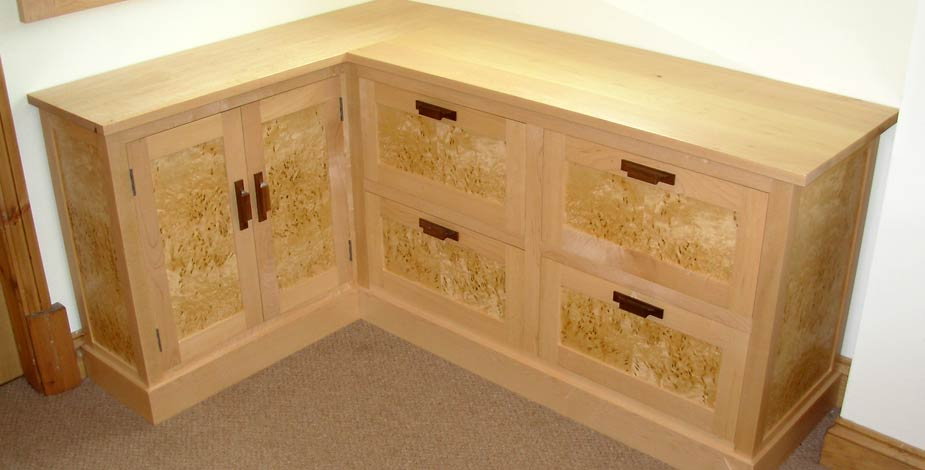 coxwold cabinet makers of fine handmade custom built